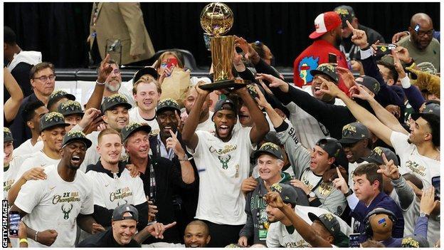 Milwaukee Bucks lift NBA trophy