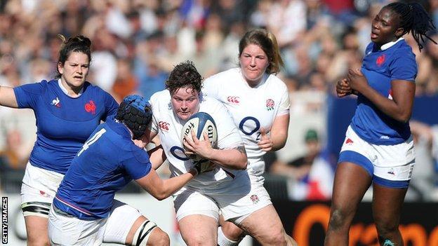England's Hannah Botterman playing against France