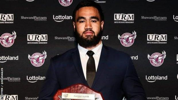 Manly Warringah Sea Eagles player Keith Titmuss, who has died aged 20, holding up his 2019 Manly players' player Jersey Flegg Cup shield