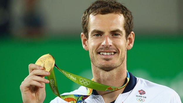 sport Andy Murray holds up his Rio 2016 Olympics gold medal