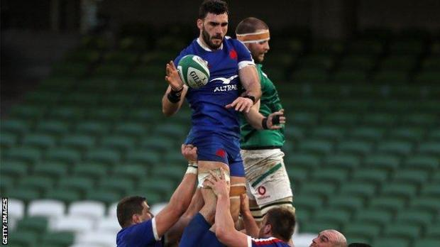 Charles Ollivon in a line-out