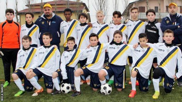Amad Diallo in a Boca Barco team picture