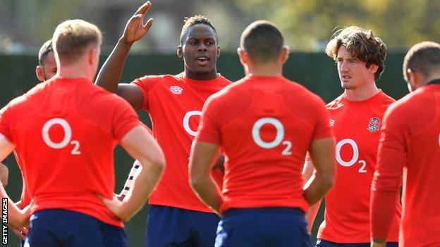 Maro Itoje and other England players during a training session