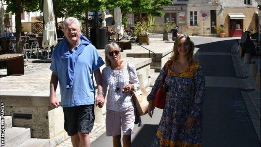 Gordon, Yvonne and Hayley McQueen