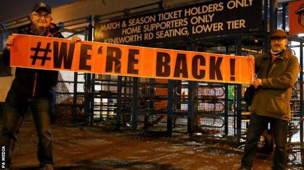 Luton Town fans at Kenilworth Road