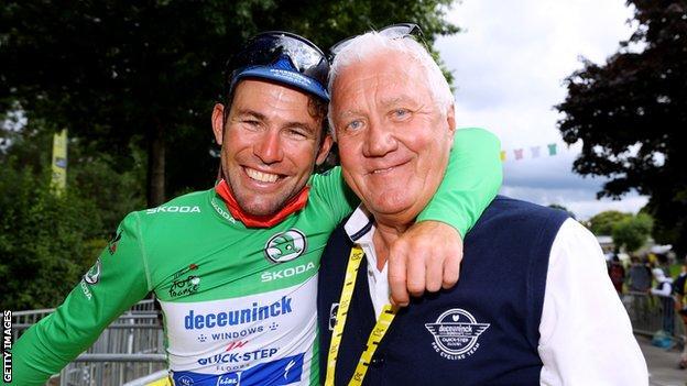 Mark Cavendish (left) with Deceuninck - Quick-Step boss Patrick Lefevere