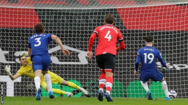 Mason Mount scores from the penalty spot against Southampton