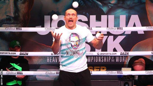 , Oleksandr Usyk: Who is the grinning Ukrainian set to face Anthony Joshua?, The Evepost BBC News