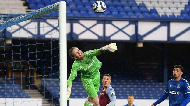 Jordan Pickford makes an excellent save against Aston Villa