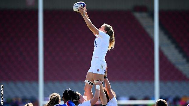 Zoe Aldcroft catches the ball in a line-out