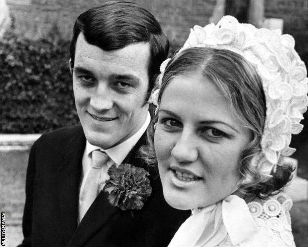 Phil Bennet and wife Pat on their wedding day in 1970