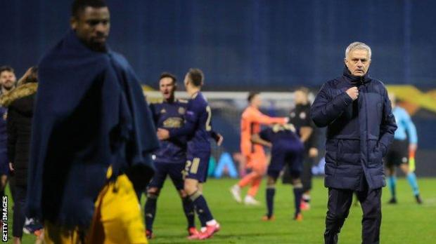Jose Mourinho (right) leaves the field in Zagreb