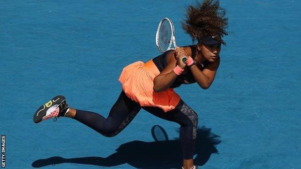 Naomi Osaka makes a shot