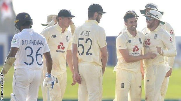 Mark Wood celebrates wicket