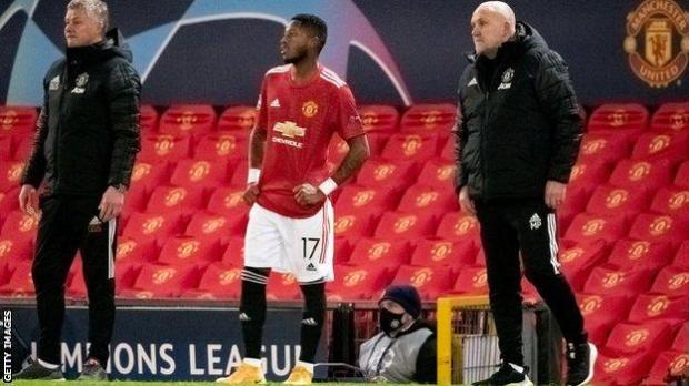 Manchester United boss Ole Gunnar Solskjaer with midfielder Fred