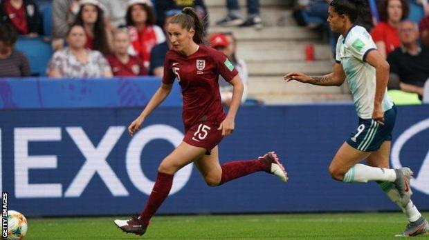 Abbie McManus playing for England at the 2019 World Cup