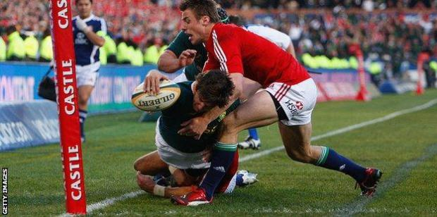 Tommy Bowe makes a tackle in the 2009 Lions tour of South Africa
