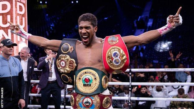 , Joshua wants to fight Fury and be undisputed champion – Hearn, The Evepost BBC News