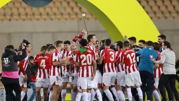 Athletic Bilbao celebrate