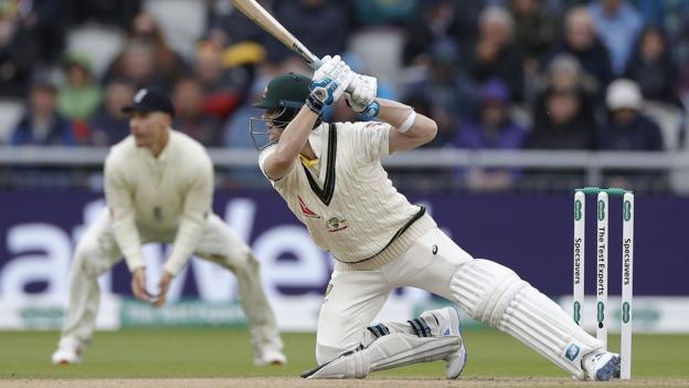Ashes 2019: Steve Smith frustrates England in Old Trafford Test 1