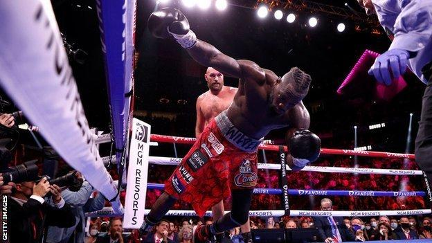 Tyson Fury knocks out Deontay Wilder