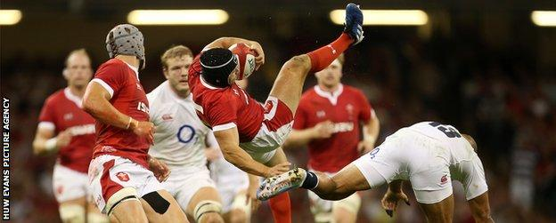 Leigh Halfpenny was a late pre-match change for Wales at full-back for the injured Liam Williams