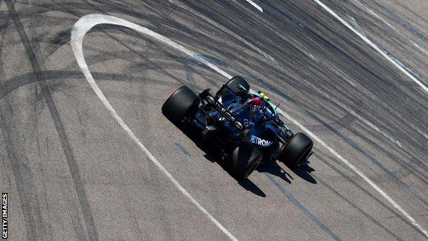 , Valtteri Bottas tops Russian Grand Prix first practice, The Evepost BBC News