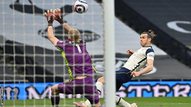 Bale hat-trick boosts Spurs' European push in comfortable win over Sheff Utd, Swahili Post