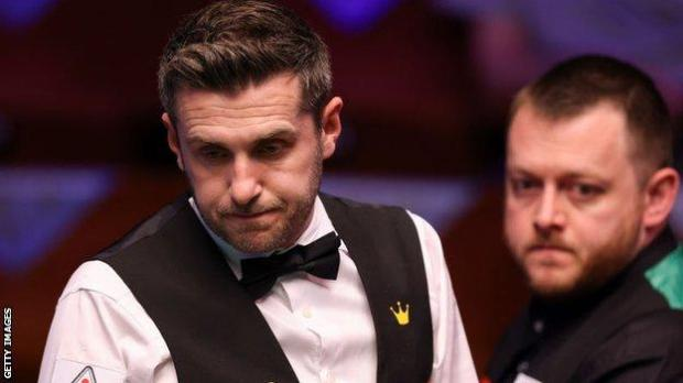 Mark Selby (left) and Mark Allen