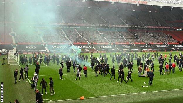 Manchester United fans got onto the Old Trafford pitch to protest against the club's owners