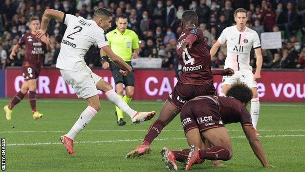 , Hakimi's injury-time goal seals PSG's seventh straight league win, The Evepost BBC News