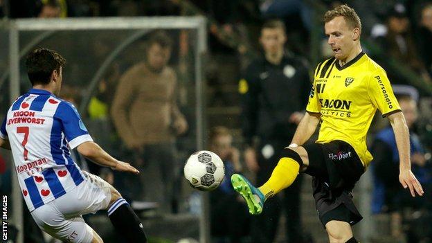 Lennart Thy in action for VVV Venlo