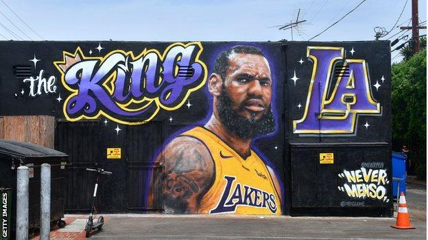 Street mural depicting LeBron James in Los Angeles