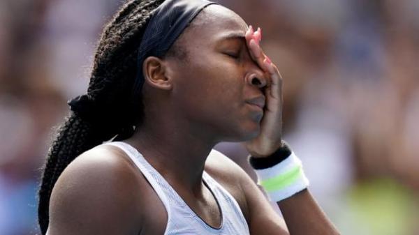 Coco Gauff knocked out of Australian Open by Sofia Kenin