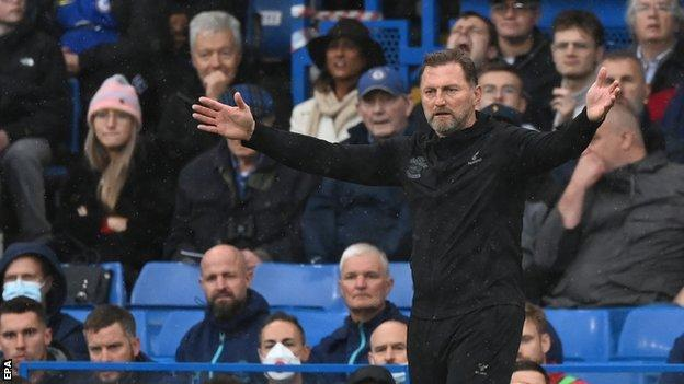 , Southampton boss Hasenhuttl charged by FA for Dean comments, The Evepost BBC News