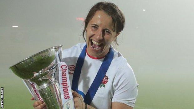 Katy Daley-Mclean with the 2020 Six Nations trophy