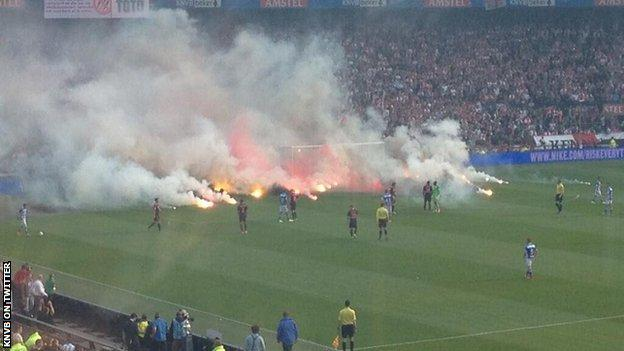 fireworks hold up pec zwolle win