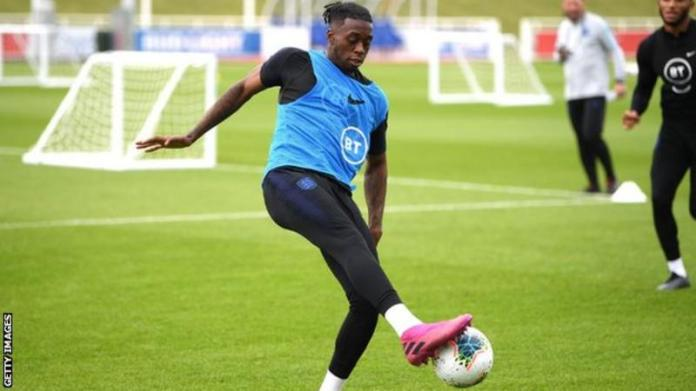 Aaron Wan-Bissaka out of England squad with back injury