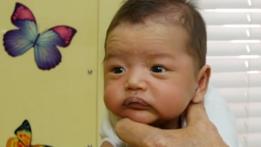 Bebé en la consulta de Dr Hamilton