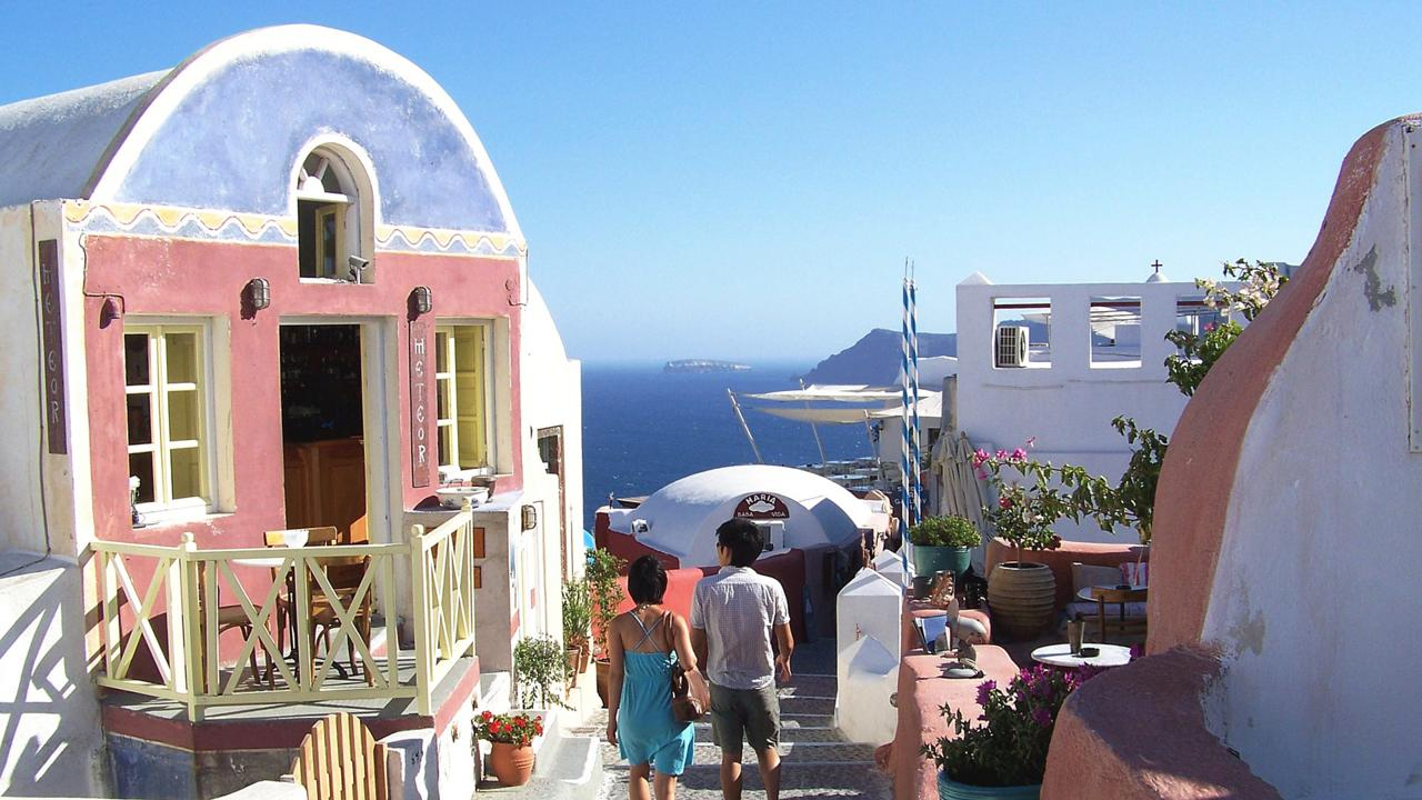 Oia, Santorini, Greek islands, Aegean (Credit: Amanda Ruggeri)