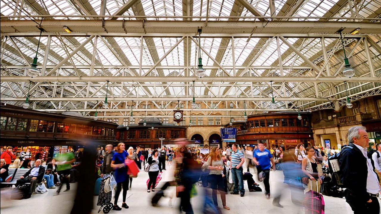 Glasgow's train station tour