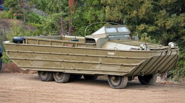 "DUKW ""Duck"" amphibious truck (Credit: Credit: Auctions America)"