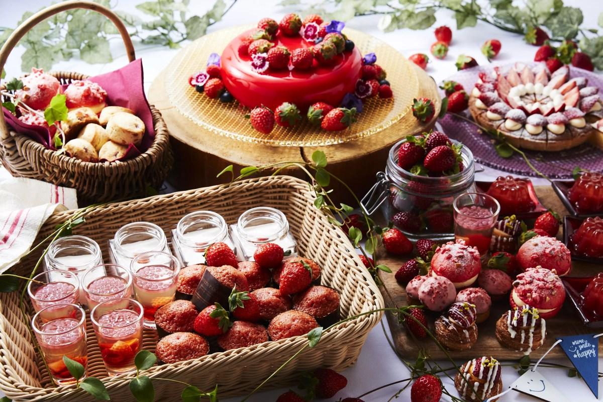 【セントレジスホテル大阪】いちごビュッフェ「ストロベリー・マルシェ」毎日約10種のフレッシュ苺がズラリ!