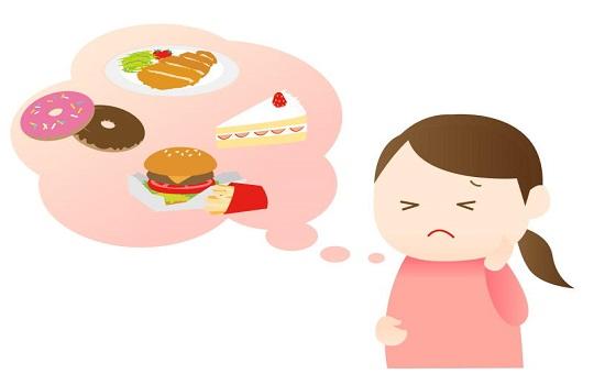 偏った食生活も白髪の原因のひとつです