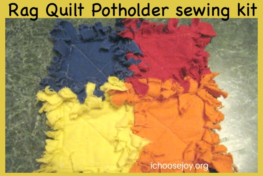 Rag Quilt Potholder sewing kit