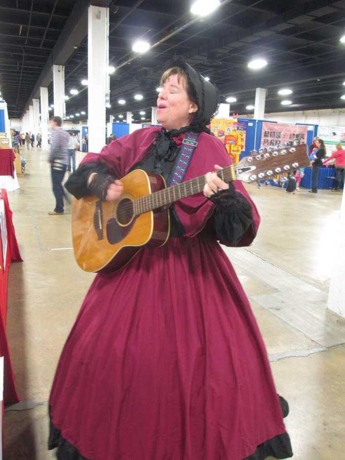 Diana Waring photo singing