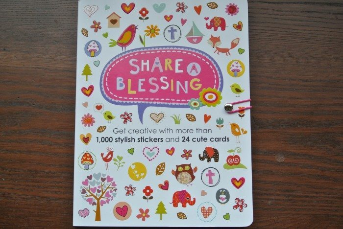 Sticker Book Berenstain Bears 001