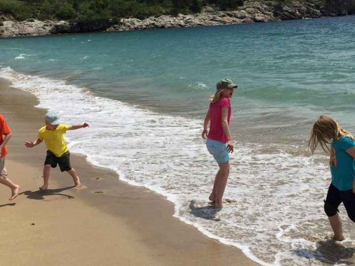 Road Trip Through Maine: Bar Harbor, Acadia National Park, lighthouses, lobsters. Read all about our fun family Maine vacation here! #maine #mainevacation #roadtrip #familyroadtrip #ichoosejoyblog