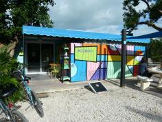 Amerika USA Florida Keys Islamorada Midway Café