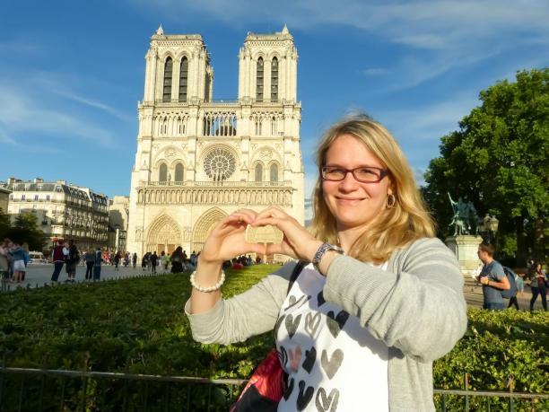 Frankreich Paris Notre Dame de Paris Kathedrale Kirche Gotik Île-de-la-Cité Glockenturm Fassade Vorplatz Parvis